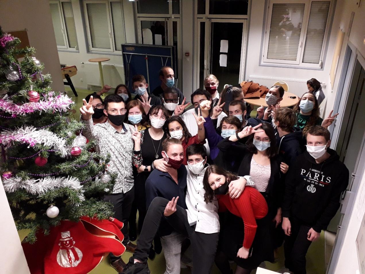 S:\A1-Direction\Photos\2020-12-10 Soirée Noël interne\20201210_201444.jpg